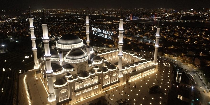 Hazreti Muhammed Sevgisinin Kültürel Hayata Yansıması: Mevlid Kandili Geleneği