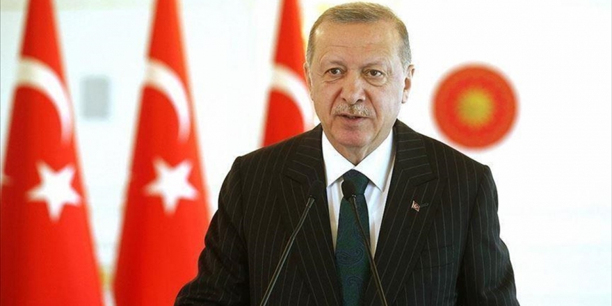 Cumhurbaşkanı Erdoğan Mevlid Kandili'ni Kutladı