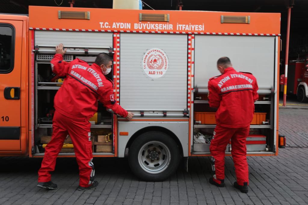 Aydın Büyükşehir Belediyesi arama-kurtarma ekipleri deprem bölgesinde