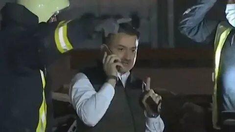 Bakan Bekir Pakdemirli'nin küçük depremzede ile konuşması