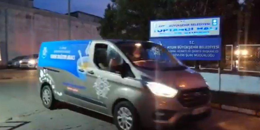Özlem Çerçioğlu'ndan İzmir'e Destek Eli