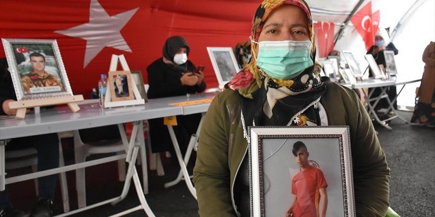 Diyarbakır Anneleri Evlatlarına Kavuşmak İçin Umutlu Bekleyişini Sürdürüyor