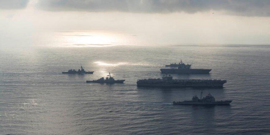 ABD ve Rus Gemileri Karşı Karşıya Geldi