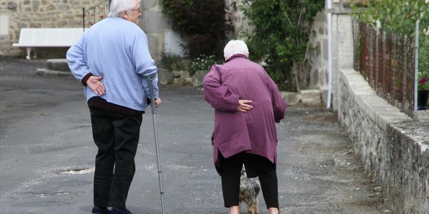 Yaşlılarda Düşme Riski Hayatı Tehdit Ediyor