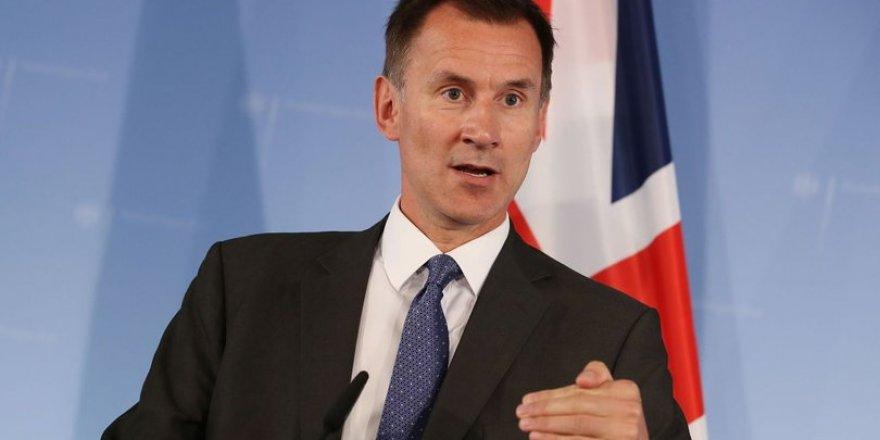İngiltere Dışişleri Bakanı: Ne yazık ki Beşar Esad bir süre daha görevde kalabilir