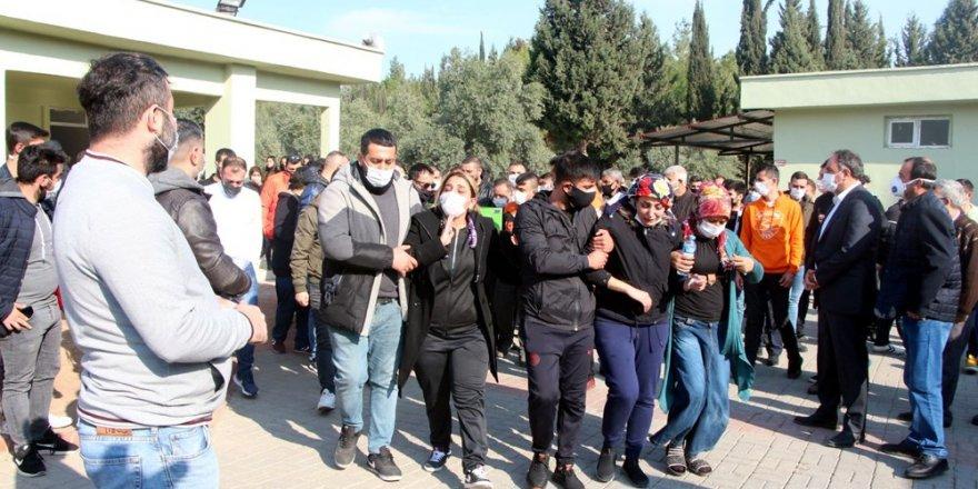 Adana'da Gözyaşları Sel Oldu!