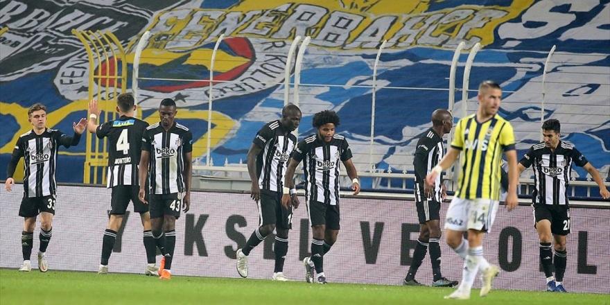 Kadıköy'de Gol Düellosu! 7 Gol, Bir Kırmızı Kart