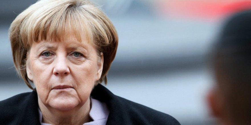Merkel'den Türkiye İle İlişkiler Açıklaması