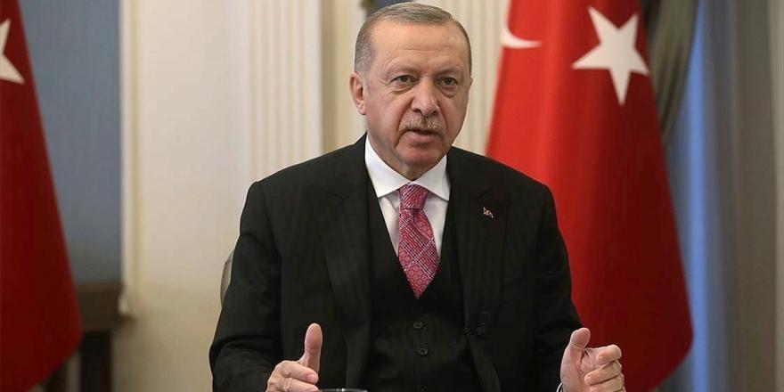 Canlı - Erdoğan: Hiçbir Denetim Olmadığıda Dijitalleşmenin Bizi Götüreceği Yer Faşizmdir