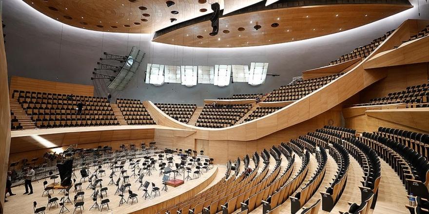 194 Senelik Cumhurbaşkanlığı Senfoni Orkestrasının Yeni Binasına Tarihi Açılış