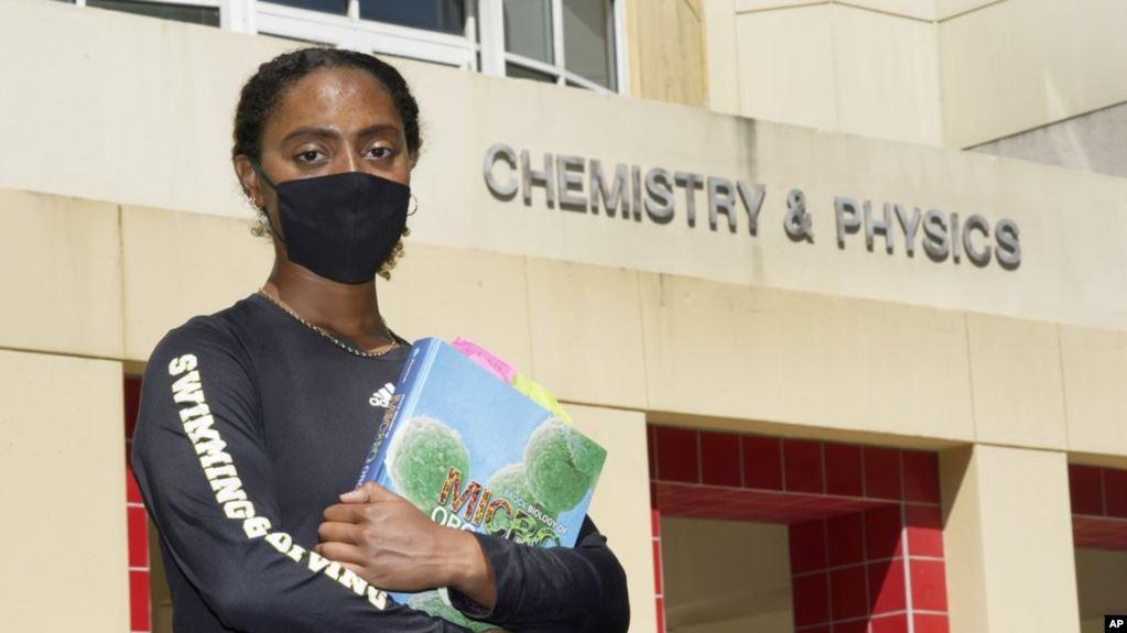 Uzaktan Eğitim Azınlık Öğrencileri Geride Bıraktı