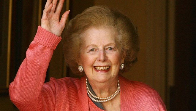 Margaret Thatcher'ın heykeli yumurta atma yarışmasıyla açılacak