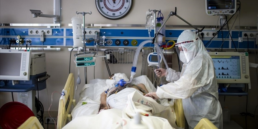 Türkiye'de Son 24 Saatte 32 Bin 736 Kişinin Kovid-19 Testi Pozitif Çıktı, 193 Kişi Hayatını Kaybetti