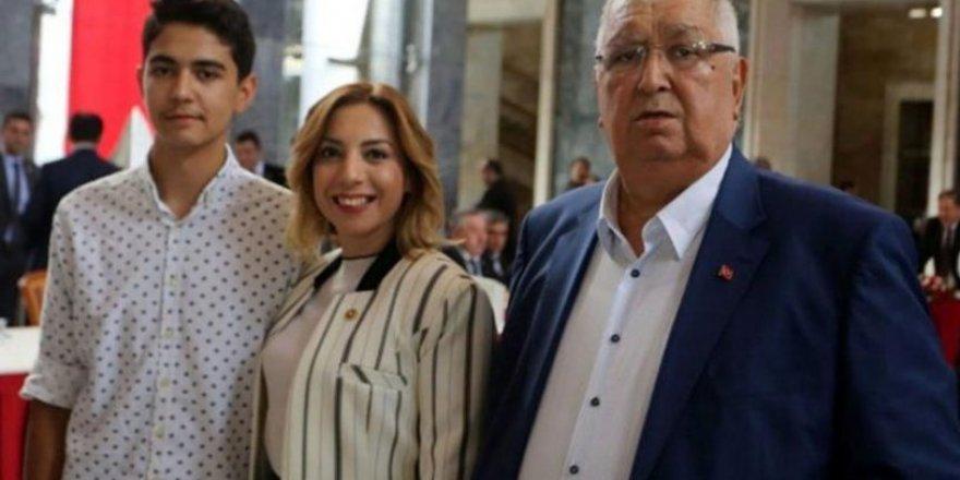 AKP'li Gökcan'ın Eşi Koronavirüse Yenik Düştü