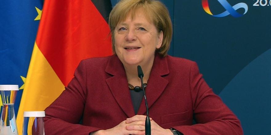 Alman Siyaseti ABD'de Biden-Harris Dönemine Olumlu Bakıyor