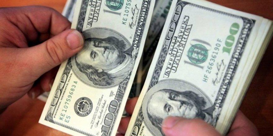 Hazine 2 milyar dolar borçlandı