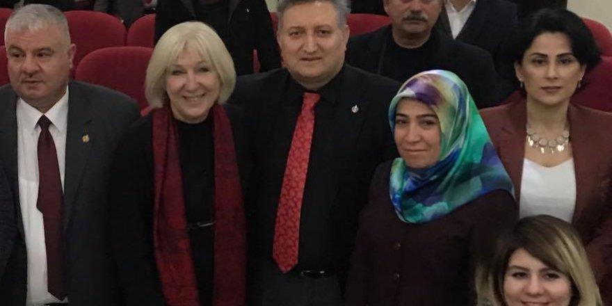 Banu Avar yazdı: HANGİ 'DÜNYA' VE HANGİ 'MEDYA'?!