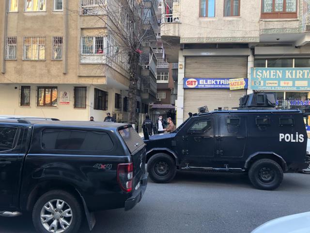 Diyarbakır'da Avukatlık Bürosunda 3 kişi Ölü Bulundu!