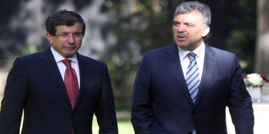 """""""Gül değil ama Davutoğlu Parti Kuracak"""" iddiası!"""
