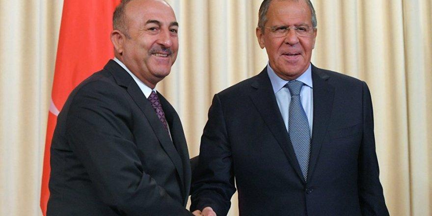 Dışişleri Bakanı Çavuşoğlu, Rus mevkidaşı Lavrov ile telefonda görüştü