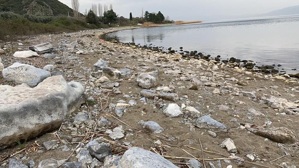 Göl çekilince efsanedeki kayıp şehir ortaya çıkmaya başladı