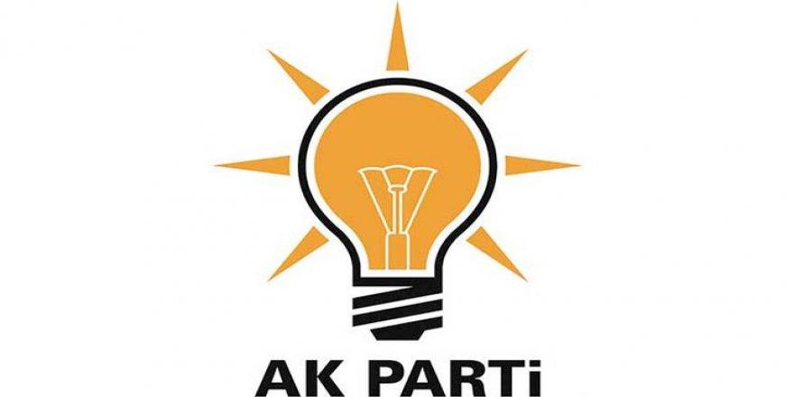 """AK Parti'de sert tartışma: """"Arkamızdan hançerlediler"""""""