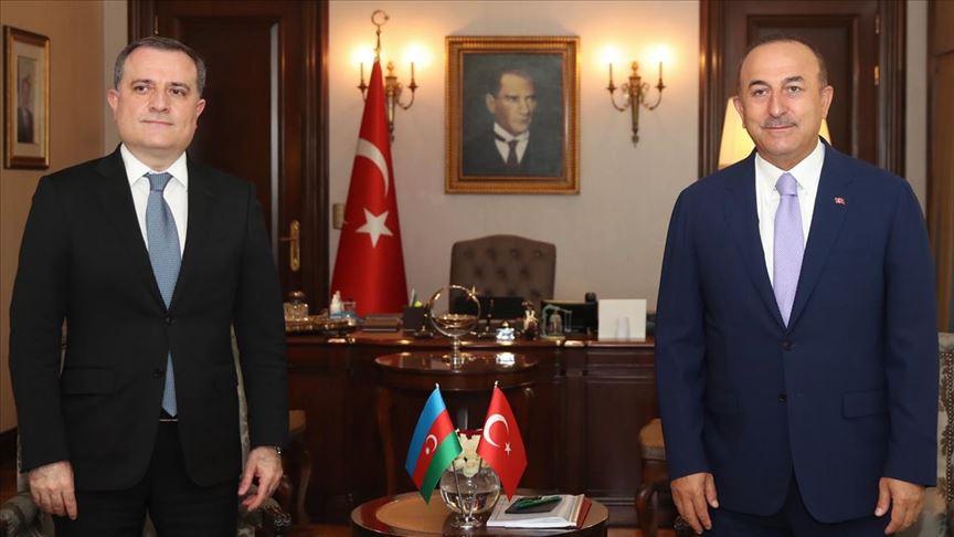 Azerbaycan, Türk firmaları 'kurtarılan toprakların yeniden inşasına' çağırdı