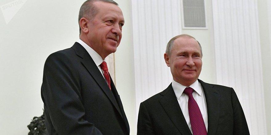 Putin'le görüşen Cumhurbaşkanı Erdoğan: Dayanışmamız bölge barışına katkıda bulunacak