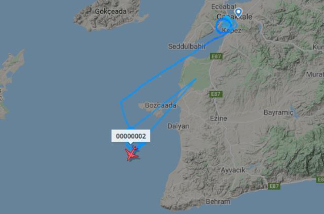 Çanakkale üzerinde bir uçağın çizdiği belirsiz rota sosyal medyada merak konusu oldu