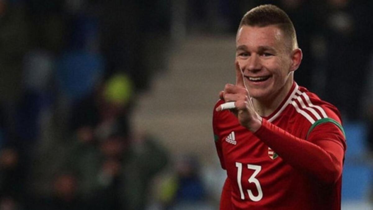 Macar milli futbolcu Szalai, Fenerbahçe için İstanbul'a geliyor