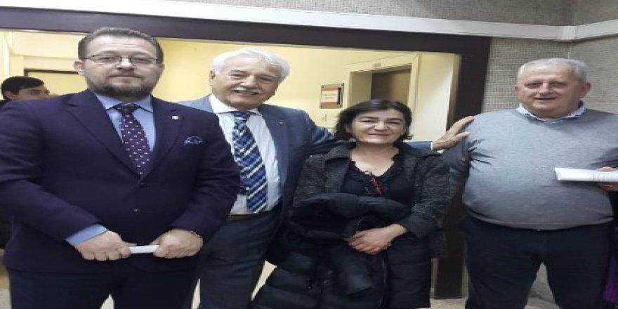 Eski Bakan'a, Hulusi Akar'a hakaretten ceza!