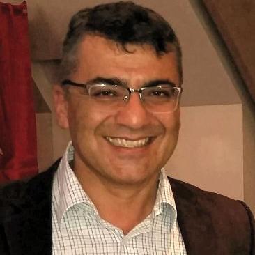 Türk medyasının acı kaybı! Usta gazeteci ve akademisyen kansere yenik düştü!