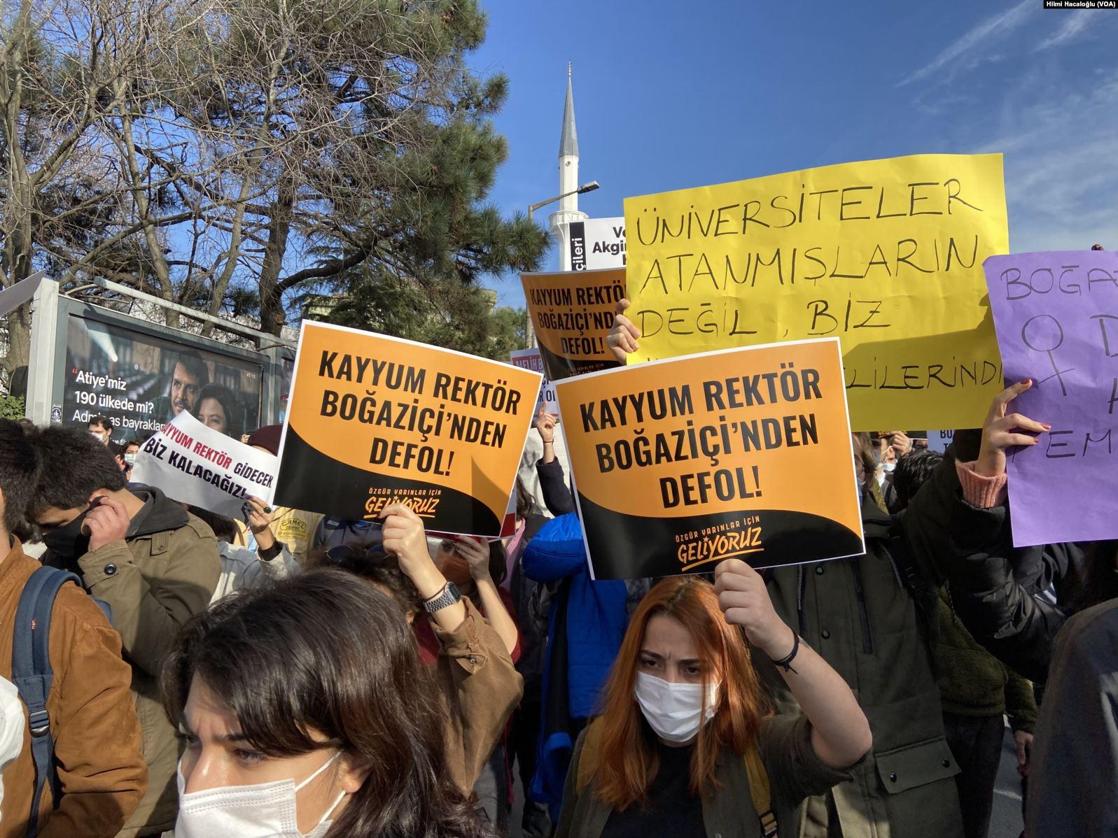 Boğaziçili öğrenciler tekrar Kadıköy'de buluştu: Kabul etmiyoruz, vazgeçmiyoruz