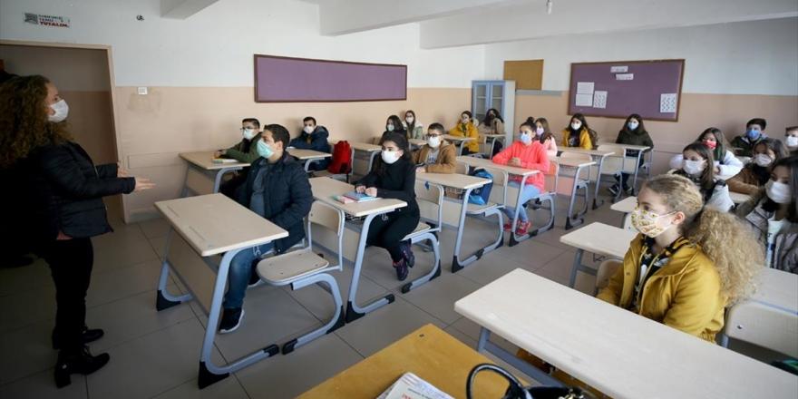 Destekleme Ve Yetiştirme İle Takviye Kurslarında Yüz Yüze Eğitim Başladı