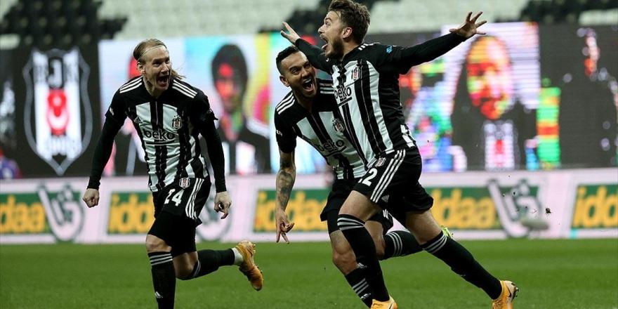 Beşiktaş Süper Lig'in İlk Yarısını Lider Tamamladı