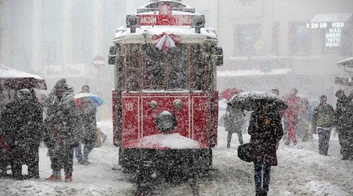 AKOM uyardı: Sıcaklık düşüyor, kar geliyor