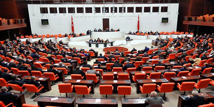 Baykal karar değiştirdi, Meclis'te açılış oturumunu Durmuş Yılmaz yönetecek