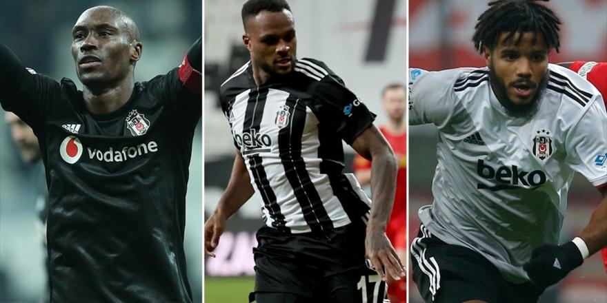 Beşiktaş'ın En İstikrarlısı Hutchinson, En Golcüsü Larin, En 'Hırçın'ı Rosier