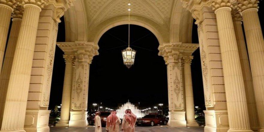 Prens Selman diğer prenslerden 107 milyar dolar topladı