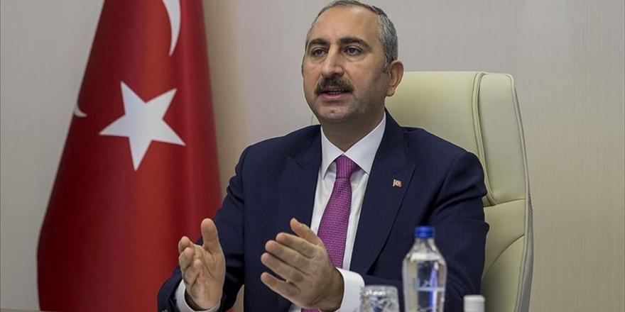 Adalet Bakanı Gül'den Hakimlere Çağrı!
