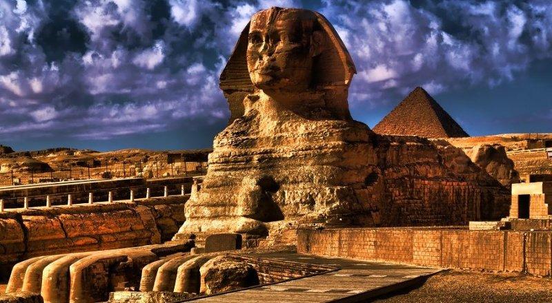 MISIR'IN MİNYE ŞEHİRİNDE TARİHİ MEZARDA 40 MUMYA BULUNDU