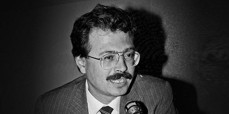 Adnan Kahveci ölüm yıldönümünde mezarı başında anıldı