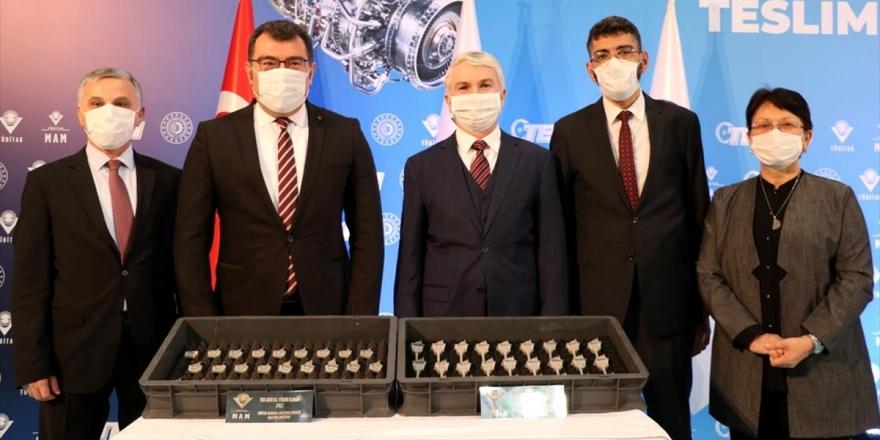 Tübitak'ta Üretilen İlk Set Tek Kristal Türbin Kanatları Teı'ye Teslim Edildi