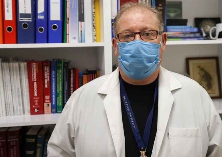 Virüsü yenen profesör: Tomografiyi görünce başımdan aşağı kaynar sular döküldü