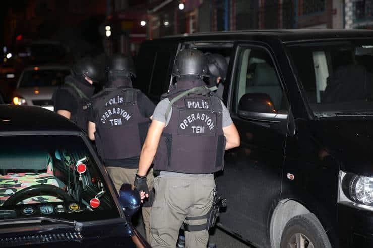 Ankesör soruşturması: 103 muvazzaf askere 'FETÖ'den gözaltı