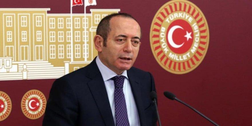 CHP'de istifa! Mehmet Akif Hamzaçebi görevinden ayrıldı