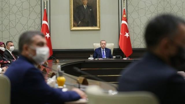 AK Parti kulislerinden Kabine değişikliği iddiası! İki tecrübeli siyasetçi sahalara dönüyor