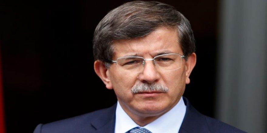 Adı son zamanlarda yeni kurulacak parti için geçen Davutoğlu, yarın Ankara'da konuşacak