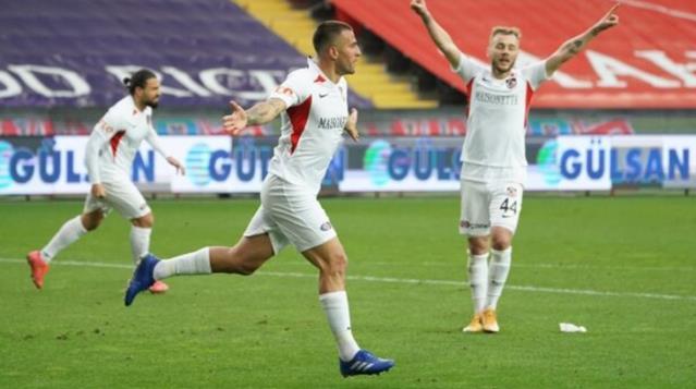 Gaziantep FK evinde 2 golle 3 puanı aldı