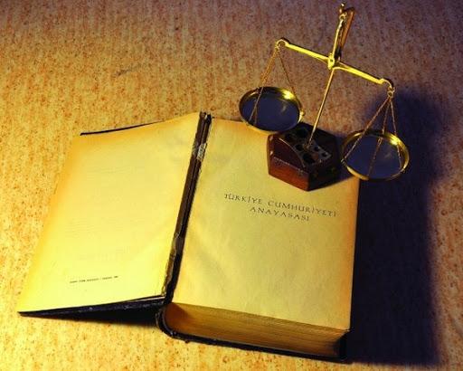 CHP'li vekil: Hedef Anayasa'nın ilk dört maddesi, laikliği çıkarmaya çalışıyorlar
